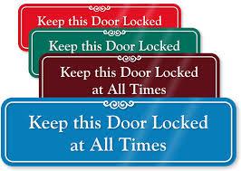 Image Gallery Lock Door Sign Jzgreentowncom