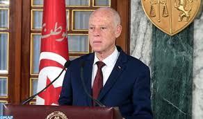 Túnez: Presidente cesa al primer Ministro y suspende Parlamento