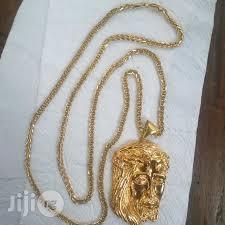 pure 18krt gold necklace frnco design wit piece pendant