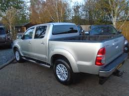 Used Toyota Hilux Pickup 3.0 D-4d Invincible Crewcab Pickup 4dr in ...