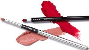 the mac makeup brush