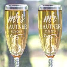 end mr mrs flutes personalized wedding gifts for couple