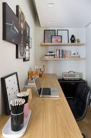 Geeks home office workspace Programmer Workspace Homeoffice Com Décor Inspirado No Rock Influências Geek Pinterest Homeoffice Com Décor Inspirado No Rock Influências Geek Homie