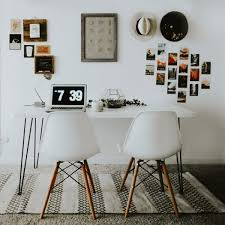 Revamp Your Office With These 9 Ideas For Decorating Your Photography  Workspace | Junebug Weddings