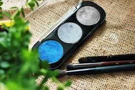 make up for ever artist shadow trio palette