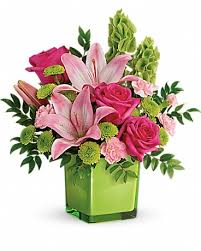 pictures of the flower. Modren The Teleflorau0027s In Love With Lime Bouquet Pictures Of The Flower S