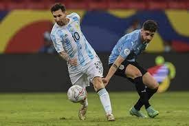 شاهد.. ميسي يبدع بتمريرة رائعة لتفوز الأرجنتين على أوروغواي - RT Arabic