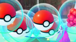 Pokémon GO - How to Use Poké Balls, Potions, Eggs, Razz Berries -  Consumable Items
