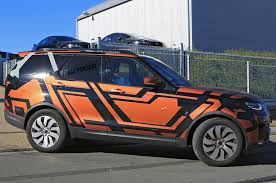 2018 land rover lr5. beautiful land land rover discovery spied with little disguise with 2018 land rover lr5