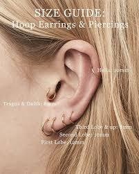 Huggie Hoop Earrings Size Chart Fashionology Hoop Earrings Size Guide In 2019 Ear