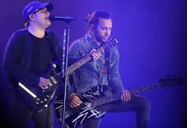 Wrigley Field Seating Chart Fall Out Boy Fall Out Boy Performs Mania Tour For Wrigley Audience