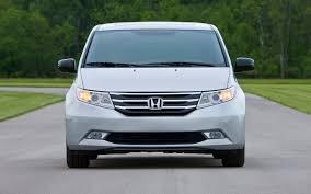 2011 Honda Odyssey Touring Front End Photo #31137416 - Automotive.com
