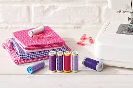 Your Guide To Sewing Machine Threads Which Ones The One