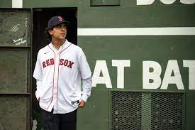 Boston Red Sox officially sign No. 4 ...