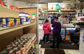 77 000 Illinois Households Could Lose Food Stamps Under