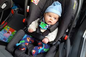 secondly the infant insert is amazingly difficult to remove with the maxi cosi cabriofix this insert comes out very easily
