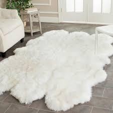 Safavieh Handwoven Sheepskin Pelt White Shag Rug