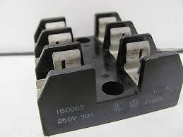 buss fuse holder 1b0015 60a 60 a amp 250v 3 pole w fuses • 5 25 buss fuse block 1b0003 21455 250v 30a 3 pole used