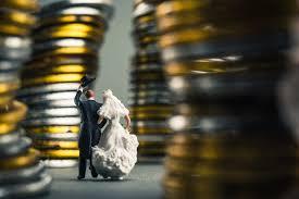 Weselny budżet topnieje? Sprawdź, czy warto wziąć pożyczkę na ślub i ...