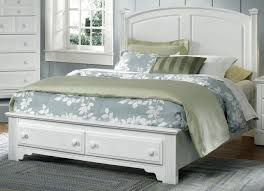 Hamilton Bedroom Furniture American Hamilton Franklin Queen Panel Storage Bed In Snow White