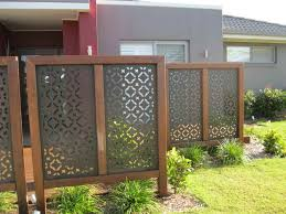 Outdoor , Attractive Privacy Ideas for Decks Giving Chic Backyard Look :  Outdoor Privacy Screen Idea