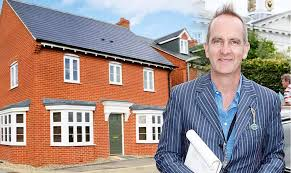 Grand Designs Host Property Kevin Mccloud Grand Designs Host Reveals One