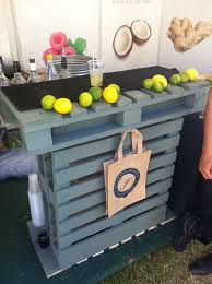 pallets made into furniture. turn them into a bar pallets made furniture