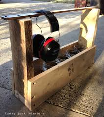 build this super easy pallet wood tool tote in minutes via funky