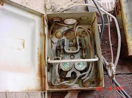 nfpa is concerned about aging wiring interinspection forum edison base fuses ok here if this disconnect was once used for a clothes dryer for example