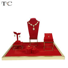Black Velvet Jewelry Display Stands Stainless Steel Jewelry Display Showcases Red Velvet Necklace Ring 51