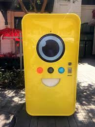Snapchat Vending Machine Locations Inspiration LINQ Promenade Features Snapchat Spectacles Vending Machine KTNV