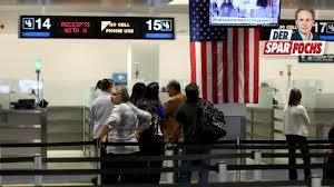 Diese einreisegenehmigung beantragen sie schnell und einfach online mit dem antragsformular. Usa Einreiseverbot Wann Lufthansa Mit Lockerungen Rechnet Bildplus Inhalt Bild De