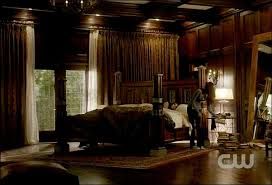 I WANT this bedroom or at least the bed is the main thing i want. Damon  Salvatore's room from
