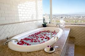 royal suite master bathroyal suite bathtub with view
