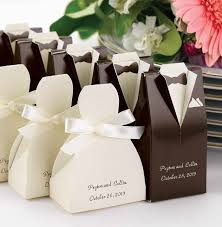 33 awesome wedding favors for your guests brown tuxedo, favors Wedding Favor Ideas Black And White 33 awesome wedding favors for your guests wedding favor ideas black and white