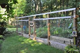 vegetables garden fence ideas for protection. Ideas Modern Vegetable Garden Fence With Gardeners Kids: The Vegetables For Protection P