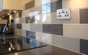 linear grey gloss wall tile