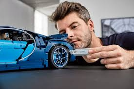 Thanks to lego's community team, who pulled out all the stops to get one to us in good time, we. 3600 Piece Lego Technic 42083 Bugatti Chiron Unveiled News The Brothers Brick The Brothers Brick