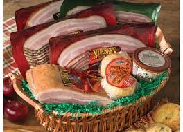 nueske s bacon lover s gift basket nueske s gifts bacon bacon bacon and smoking