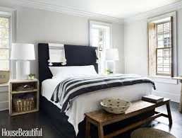 15 Beautiful Black and White Bedroom Ideas - Black and White Decor
