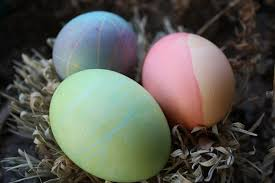 Food Dye Color Chart For Easter Eggs Make Colored Easter Eggs Using Natural Dyes