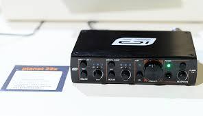 <b>ESI Planet 22x</b> – двухканальный звуковой интерфейс для сетей ...