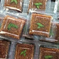 Bagi anda penggemar kue wajik gula merah dan penasaran ingin tahu resep membuat kue wajik gula merah tersebut, maka pada kesempatan kali ini kami akan berbagi resepnya kepada anda. Jual Kue Wajik Kota Surabaya Jajanan Surabaya Tokopedia