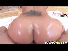 Big Ass Twerking Naked Dick