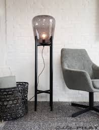 Vloerlamp Bink Met Glazen Bol Op Zwart Frame Woonwinkel In 2019