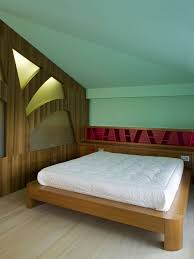 Paint For Bedrooms With Slanted Ceilings Slanted Ceiling Bedroom Awesome Practical Attic Bedroom Low