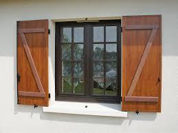 Fensterläden Holz