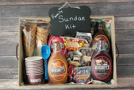 last minute gift ideas sundae kit