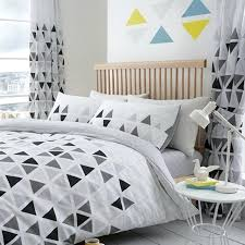grey double duvet set triangle double duvet cover set metric bedding white grey 2 in 1
