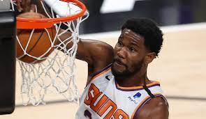 NBA Playoffs - Suns-Center Deandre ...